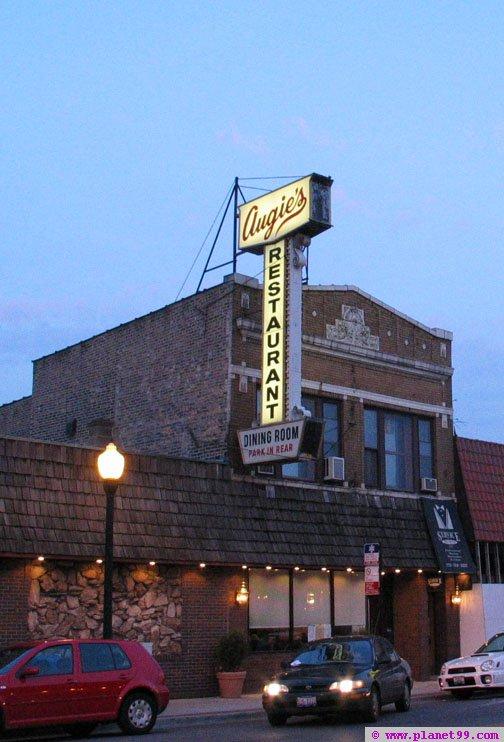 Augies Restaurant  , Chicago