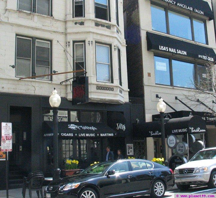 Chicago , Jilly's Piano Bar